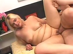 Plump chick gets cumload in mouth