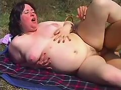 Fatty fucks and gets jizz in nature