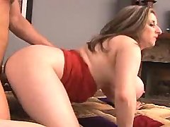 Chesty mature gets hard fuck behind