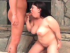 Chubby busty girl does fine blowjob