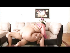 Huge black bbw loves to get face sprayed