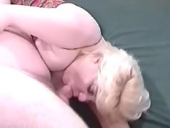 Busty blonde does perfect blowjob