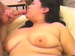 Enormous Asian vixen does blowjob